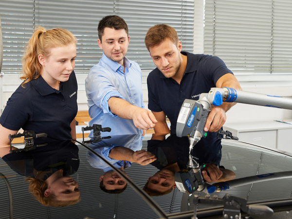 Ausbildung bei Webasto sichert Wissen für Zukunftsfelder wie Elektromobilität
