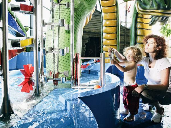 Was Wasser kann, erfahren Kinder im Park Sensapolis in Sindelfingen. Bild: Hüttinger